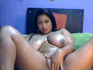 mallu squirt indian girl try to squirt from of web cam