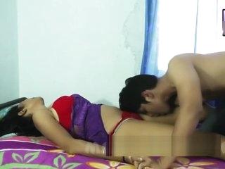 Desi shortfilm 10 - Desi bhabhi's tongue kiss, boob kiss hard & navel kiss