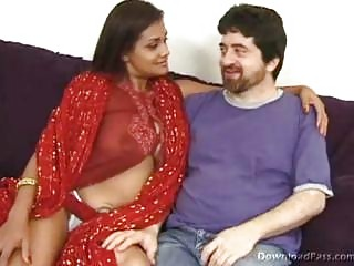 Busty Indian Gvpet