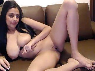 Desi Indian wifey masterbating on webcam