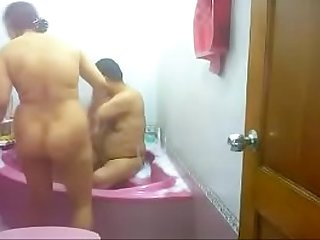 #NaziaPathan Desi bhabhi in bathroom with boyfriend