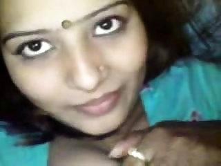 Big Boobs Desi Indian Aunty by lastwilson