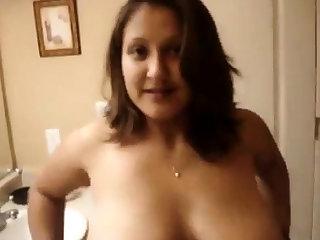 Big tits aunty