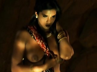 Sexy Dancer From Bollywood