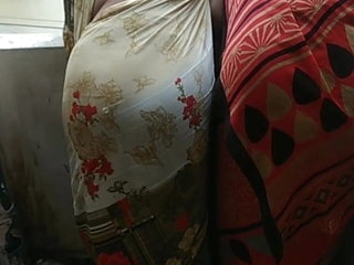 Perfect Indian Aunty Big Saree Ass Huge Ass Show Moti Gaand