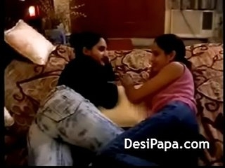 Big Tits Indian Lesbian Teens Kissing Fucking Pussy