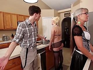 Mom and Stepsis Threesome after brainwash - Leilani Lei Fifi Foxx